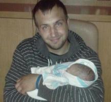 Tyler-Deutsch-and-baby-daughter